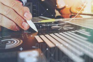 Finance décentralisée : Présentation de stratégies d'arbitrage et de carry trade