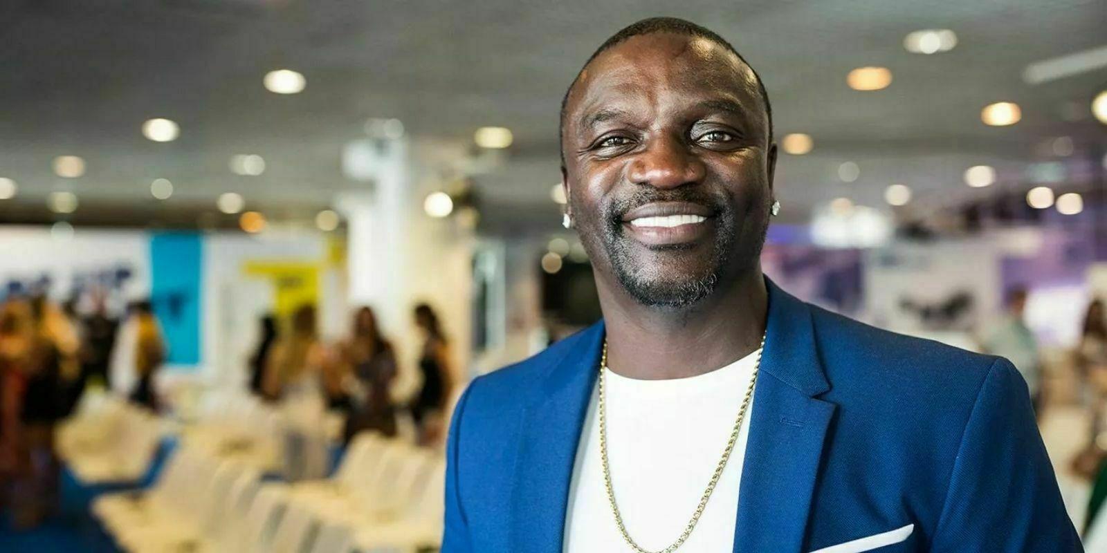 """Le rappeur Akon entame la construction d'une """"crypto-city"""" au Sénégal"""