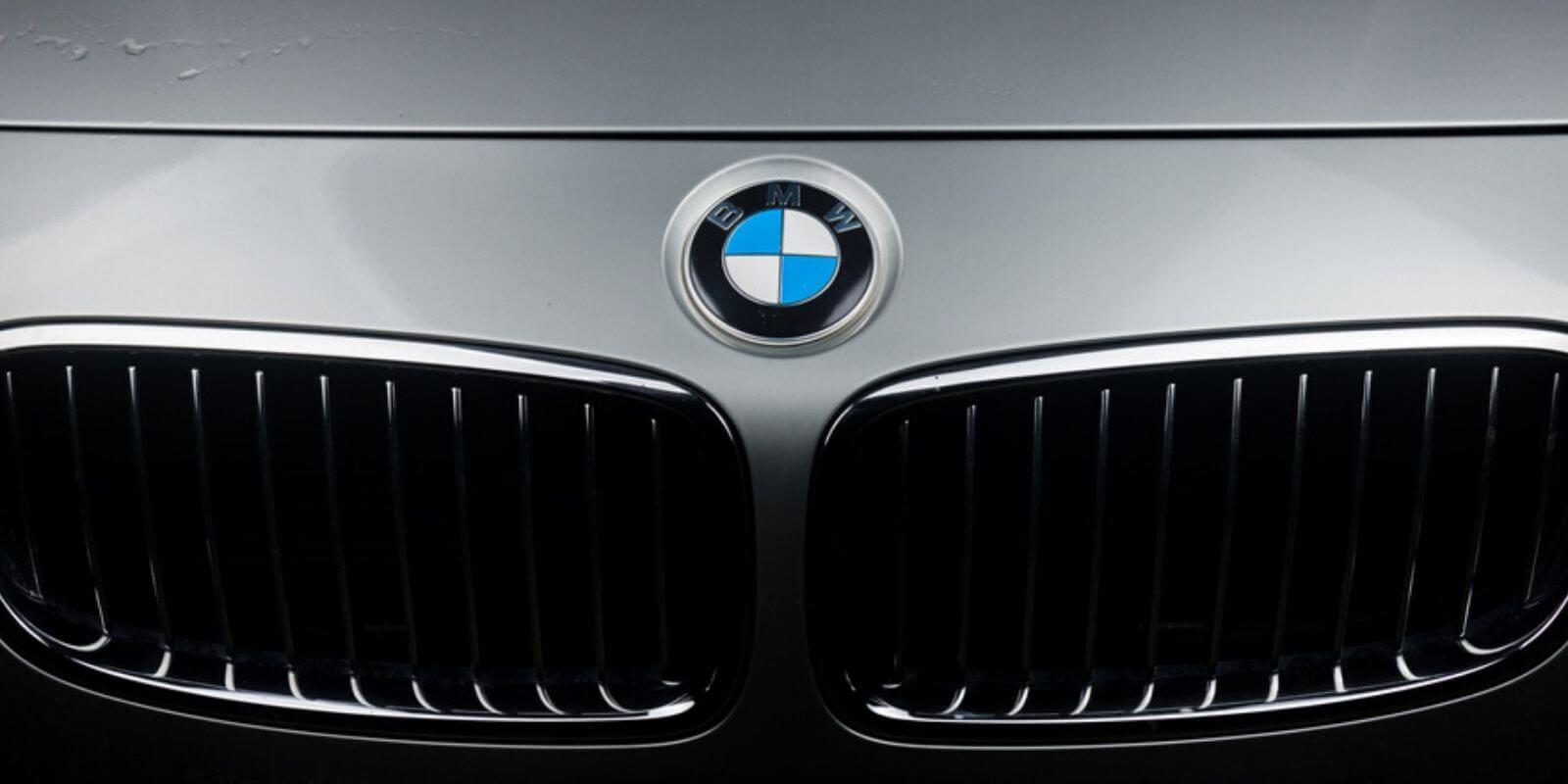 BMW commence à utiliser la blockchain pour sa chaîne logistique