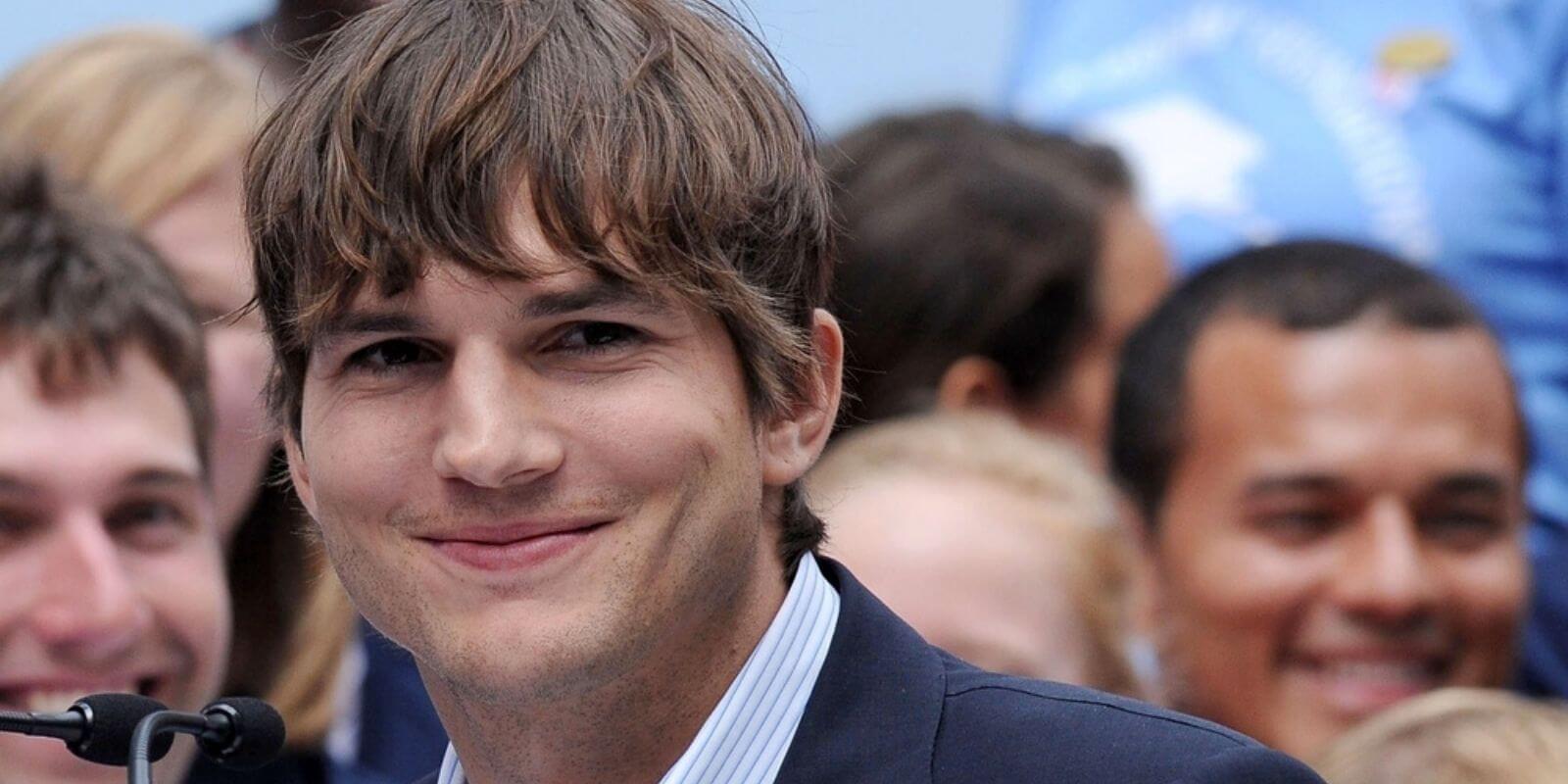 Ashton Kutcher et Michelle Phan investissent dans une startup de récompenses en BTC