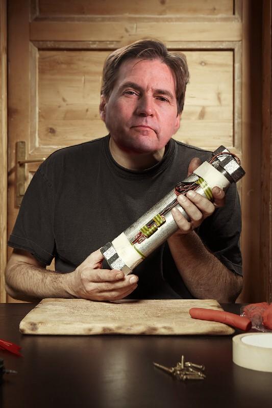 Montage photo de Craig Wright déguisé en fabricant de bombes