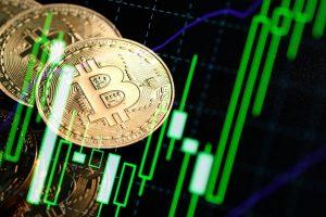 Le Bitcoin s'envole vers ses plus hauts après la cassure des 10 500$
