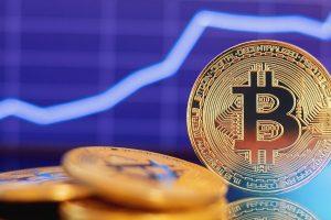 Le Bitcoin rebondit malgré une tendance baissière qui s'affirme