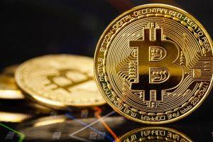 Le Bitcoin (BTC) consolide dans l'incertitude, l'Ether (ETH) prêt à repartir ?