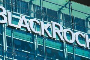 Le géant BlackRock se prépare à investir dans le Bitcoin (BTC)