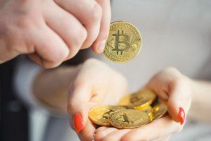Des traders achètent du Bitcoin à 6 100 $ suite à un bug, la plateforme demande un remboursement